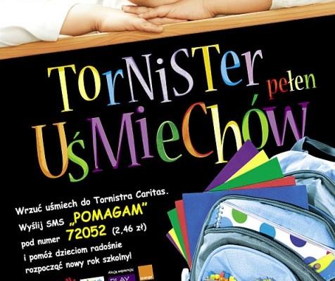 """Wydawcy edukacyjni po raz kolejny wypełnią """"Tornistry Pełne Uśmiechów"""" w akcji Caritas"""