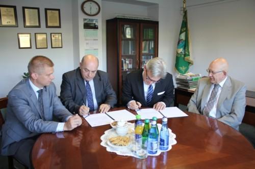 Koleje Mazowieckie będą współpracować z Muzeum Kolejnictwa