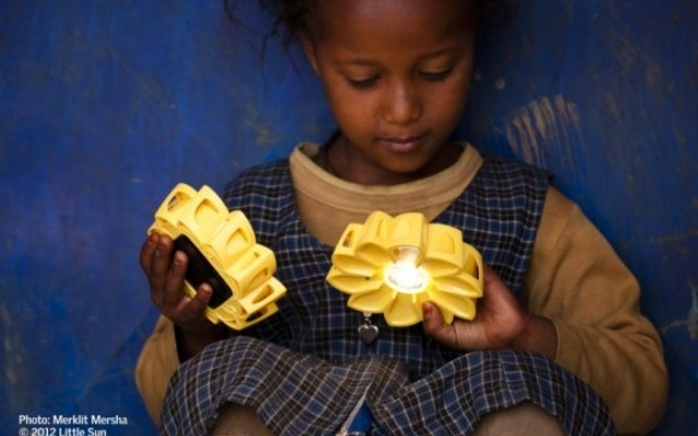 Międzynarodowy konkurs VELUX i Little Sun na ekologiczną lampę