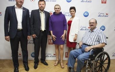 """Ponad tysiąc dzieci w Polsce otrzyma pomoc w ramach akcji """"Z serca dla dzieci"""""""