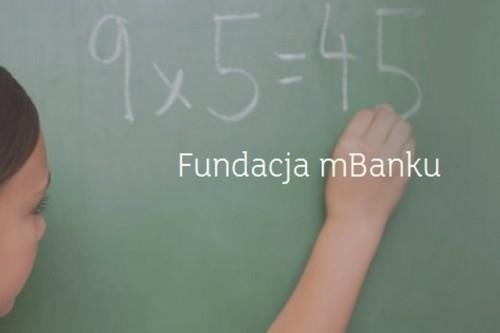 Blisko 1,5 mln zł na naukę matematyki od Fundacji mBanku