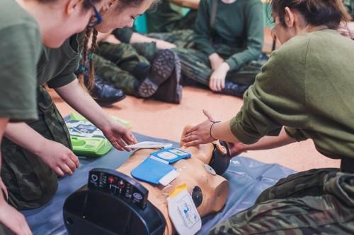 Ponad 1000 uczniów z Rzeszowa nauczy się jak ratować życie