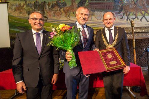ANWIL uhonorowany medalem za zasługi dla województwa