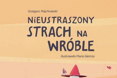 Biedronka rozdaje dzieciom książki autorów Piórka podczas Warszawskich Targów Książki