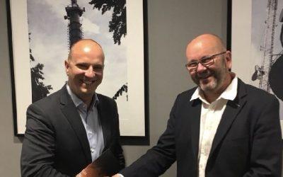 RMF i Emitel z nową, 10-letnią umową na emisję sygnału radiowego