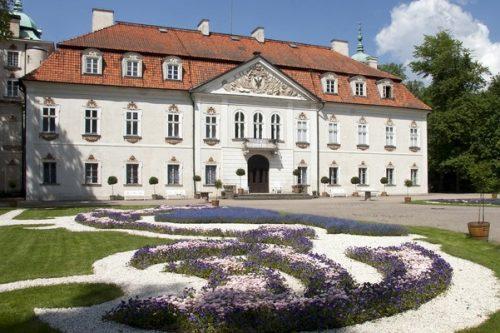 Nieborów: wystawa pamiątek rodziny Radziwiłłów
