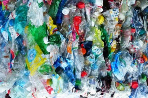 Więcej materiałów z recyklingu w opakowaniach Nestlé