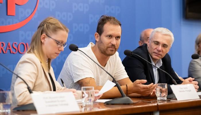 Filipe Almeida na konferencji PAP